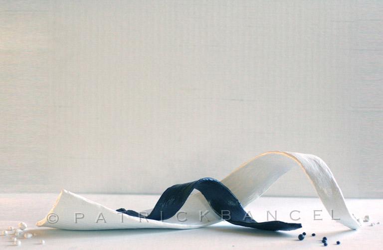 Flow-sculpt-B&W-01--7x19x10-18x48x25-d-wcp