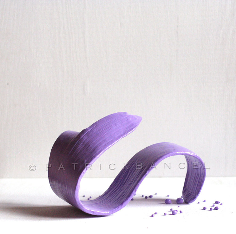 Flow-sculpt-purple-01--15x10x9-38x25x23-dwcpr